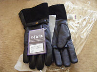 Gears lines gloves