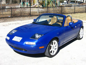 1992 Mazda Miata MX-5 with 1.8L engine