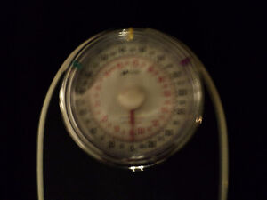 DOCTOR QUALITY SCALE ~  KILOS & POUNDS ~ RETRO LOOKING! Windsor Region Ontario image 4