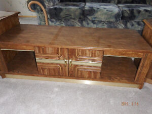 coffee and end tables Campbell River Comox Valley Area image 3