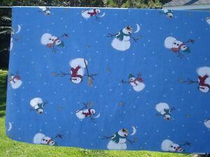 couverture en polar 56 x 66 po. bonhomme de neige