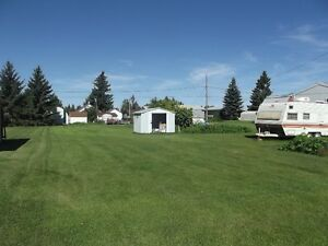 Motivated to sell-1998 Mobile Home with 3 lots in Grayson, SK Regina Regina Area image 2