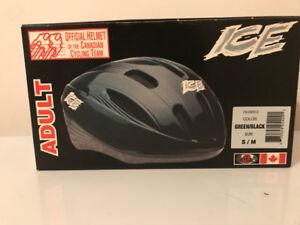 Adult Bike Helmet (Small/Medium)