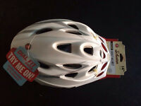 Schwinn Adult bike helmet *NEW*