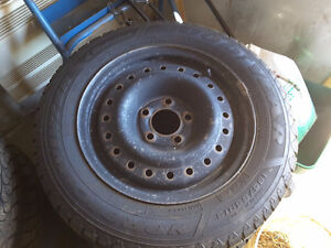 ***SOLD*** winter tires Good Year 195/65R15