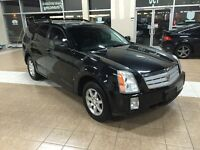 2006 CADILLAC SRX AWD*PANO*DVD*6PASS*BLK ON BLK*NO ACCIDENTS