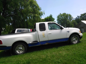 2001 ford F-150 parts truck