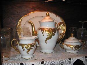 Ensemble de Prestige fine porcelaine