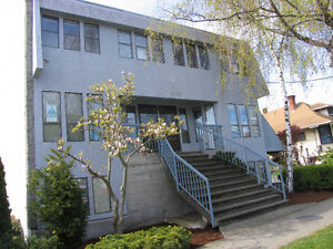 COMMERCIAL OFFICE SPACE - Hillside/Quadra Area