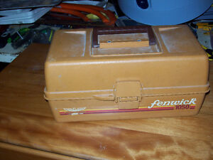 Vintage Fenwick 1050 Tackle Box 2 Trays 15 Compartments