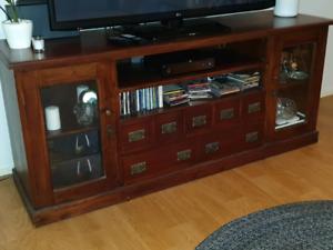 Entertainment / TV / Storage Cabinet
