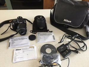 Nikon D5000 lightly used.