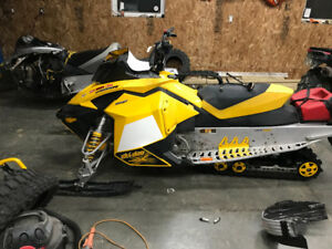 Parting out 2007.5 mxz 800r
