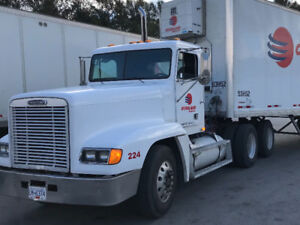 Freightliner FLD 120 day cab city truck