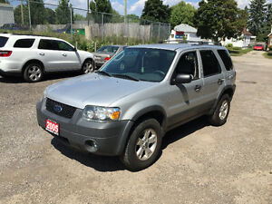2005 Ford Escape XLT. 4X4
