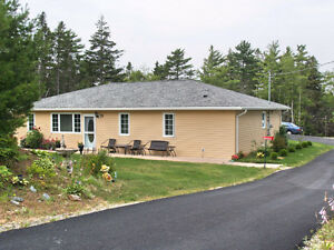 1 Level Living, rates top 10 in Can. for energy eff, wheelchair