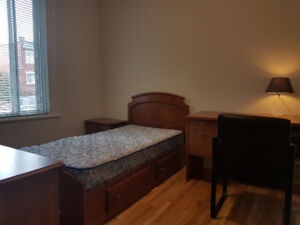 NDG Quiet Private Room Short Term Rent $30/day