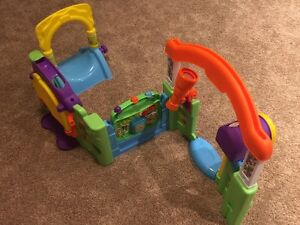Playsets Kijiji Free Classifieds In Calgary Find A Job Buy A Car Find A House Or Apartment