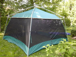 Eureka Breezeway Kitchen tent 12' x 12'