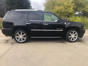 2009 Cadillac Escalade *PRICE REDUCED*