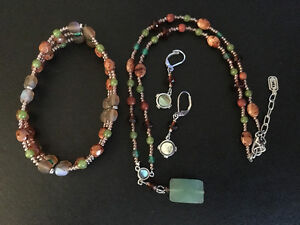 Various Costume Jewellery Sets, necklace, earrings London Ontario image 5