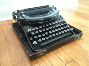 Remington typewriter 1930s
