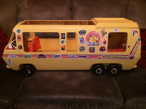 Vintage 1970's Barbie RV