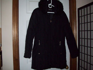 Variety of Women's Coats/Jackets FOR SALE Windsor Region Ontario image 3