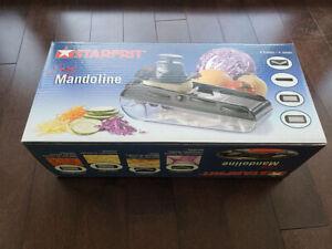 Starfrit mandoline slicer set (slice, grate, julienne, shred)