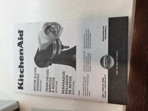 AVAILABLE kitchenaid slicer and shredder  London Ontario image 3