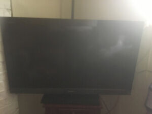 "Sony Bravia 40"" lcd 1080 tv"