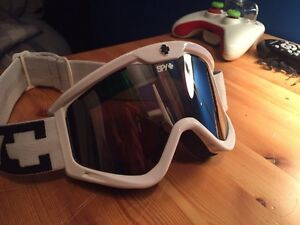 Spy Men's / Women's Snowboard or Ski Goggles GREAT SHAPE