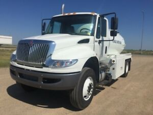 2019 International 4300 SBA 4X2, New Water Truck