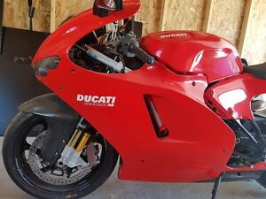 *****RARE DUCATI DESMOSEDICI RR FOR SALE #325/1500*****