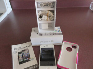 White IPHONE 4S 8GB with Otter Box