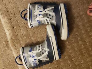 Size 8 Rain boots