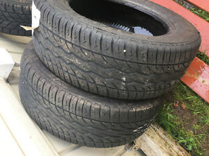 2 tires 215/60r16 30$ FIRM