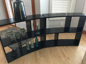 2 GORGEOUS WOOD ACCENT DISPLAY UNITS.  BLACK.  LIKE BRAND NEW