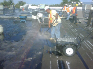 Established tar-and-gravel Flat Roofing crew needed! London Ontario image 1