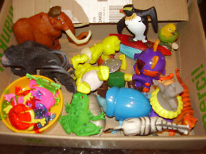 Online toys garage sale - all toys in great shape, no smoke home London Ontario image 4