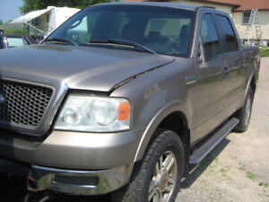 2005 F150 lariat 4x4 4dr for parts