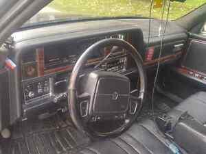 Chrysler impériale 1993