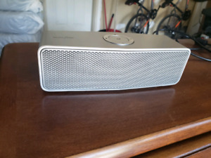 Lg Bluetooth Speaker | Kijiji - Buy, Sell & Save with