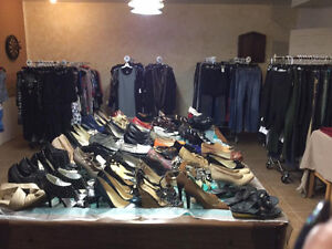 Immaculate clothing, purses and footwear