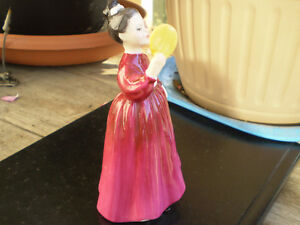 "Royal Doulton Figurine - "" Vanity "" HN2475 Kitchener / Waterloo Kitchener Area image 4"