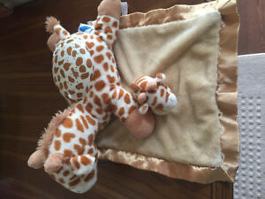 Giraffe twilight buddy with security blanket
