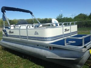 1995 Sylvan 20ft pontoon