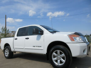 2009 NISSAN TITAN SE 4X4 CREWCAB-V8-ONE OWNER-EXCELLENT SHAPE