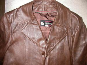 Mens  Leather Brown Vintage Coat w liner. Woodwards Stores.