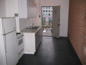 One bedroom King and Bay $925 all included